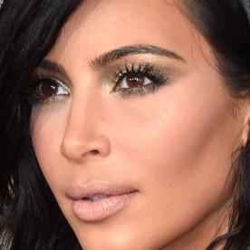 grammy-2015-makeup-kim-kardashian-620x922